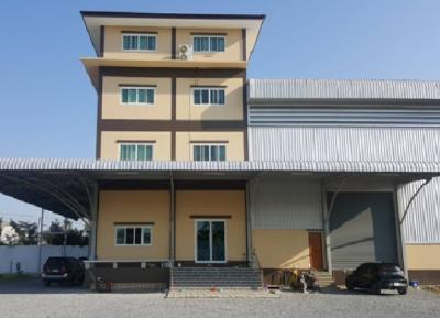 For RentFactoryNakhon Pathom, Phutthamonthon, Salaya : Rent factories, warehouses with offices, 4 floors, there are 4 areas, 6 Rai, usable area 2580 square meters, Phutthamonthon Sai 4.