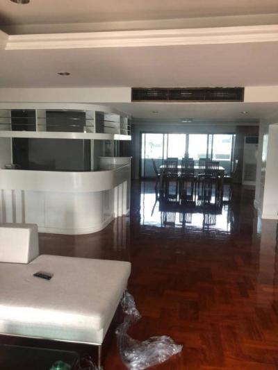 For RentCondoSukhumvit, Asoke, Thonglor : Pet Friendly ( 3 Beds + 1 Maid) @BTS PhromPhong / MITR Mansion Sukhumvit 31 > 60,000 THB Negotiable