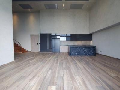 ขายคอนโดสุขุมวิท อโศก ทองหล่อ : Special Price ‼ 3BR DUPLEX 130 sq.m. Hight Floor at The Lofts Asoke