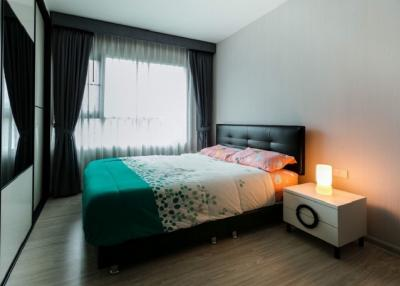 For SaleCondoThaphra, Wutthakat : Quick and very cheap sale Condo Aspire Sathorn-Taksin nice and beautiful room (S1119)