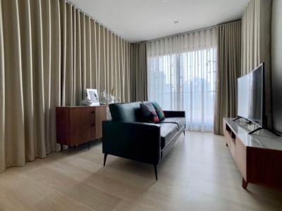 For RentCondoWitthayu,Ploenchit  ,Langsuan : Stylish Fully Furnished 2 Bedrooms