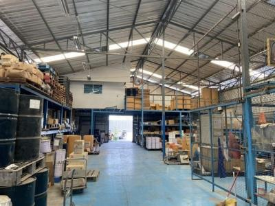 For RentWarehouseBangna, Lasalle, Bearing : Warehouse for rent 600 sqm. On the road, Chalerm Phrakiat Rama 9 Road, near Suan Luang Rama 9, with offices