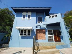 เช่าบ้านสำโรง สมุทรปราการ : ให้เช่าบ้านเดี่ยว หมู่บ้านชานสมุทร ศรีนครินทร์ ใกล้ โรงพยาบาลเปาโล สมุทรปราการ BTS ศรีนครินทร์