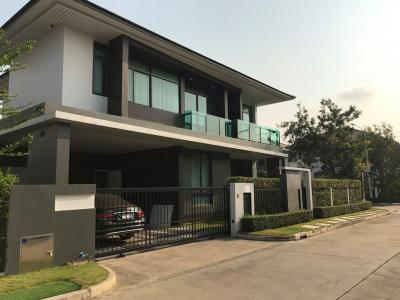 For SaleHousePattanakan, Srinakarin : 🔥 Sell / Rent 🌴 เศรษฐ Single House Setthasiri Krungthep Kreetha (behind the corner) 🌴 The neighborhood society is very lovely. Convenient to travel in and out of many ways.