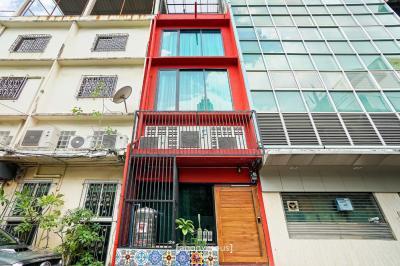 ขายตึกแถว อาคารพาณิชย์สีลม ศาลาแดง บางรัก : ขายอาคารพาณิชย์ ด่วน 5 ห้องนอน 5 ห้องน้ำ 5 ชั้น 12 ตรว พร้อมผู้เช่า ใกล้เซ็นทรัลสีลมทาวเวอร์