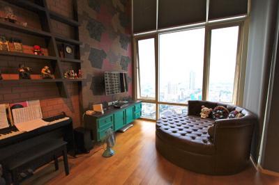 เช่าคอนโดราชเทวี พญาไท : ให้เช่าคอนโดวิลล่าราชเทวี ห้อง Duplex ชั้นสูง ขนาด 70sqm ตกแต่งสวยมาก