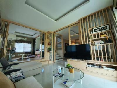 ขายบ้านพระราม 5 ราชพฤกษ์ บางกรวย : ขายบ้านเดี่ยว 76 ตร.วา หน้าสวนสาธารณะ ถนนเมน จอดรถ 4 คัน ตกแต่งพร้อมอยู่สไตล์ญี่ปุ่น บ้านใหม่มากสภาพนางฟ้า