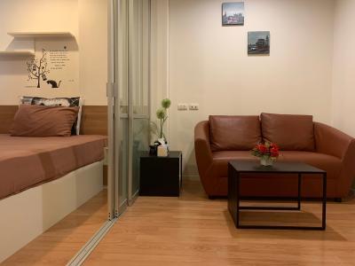 เช่าคอนโดเสรีไทย-นิด้า : คอนโดลุมพิินีให้เช่า 1 ห้องนอน แต่งครบ เฟอร์บิวอินพร้อมเครื่องใช้ไฟฟ้า