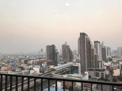 For RentCondoWongwianyai, Charoennakor : For rent 2 bedrooms with view to BTS