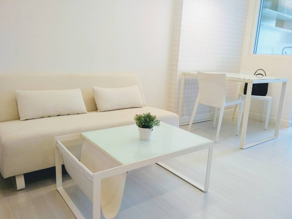 For RentCondoRatchadapisek, Huaikwang, Suttisan : 🔥 Beautiful 2 bedroom home style in Rhythm Ratchada 67 sq.m. Urgent !! Rent only 23,000. Please contact the cartoon 0924235675