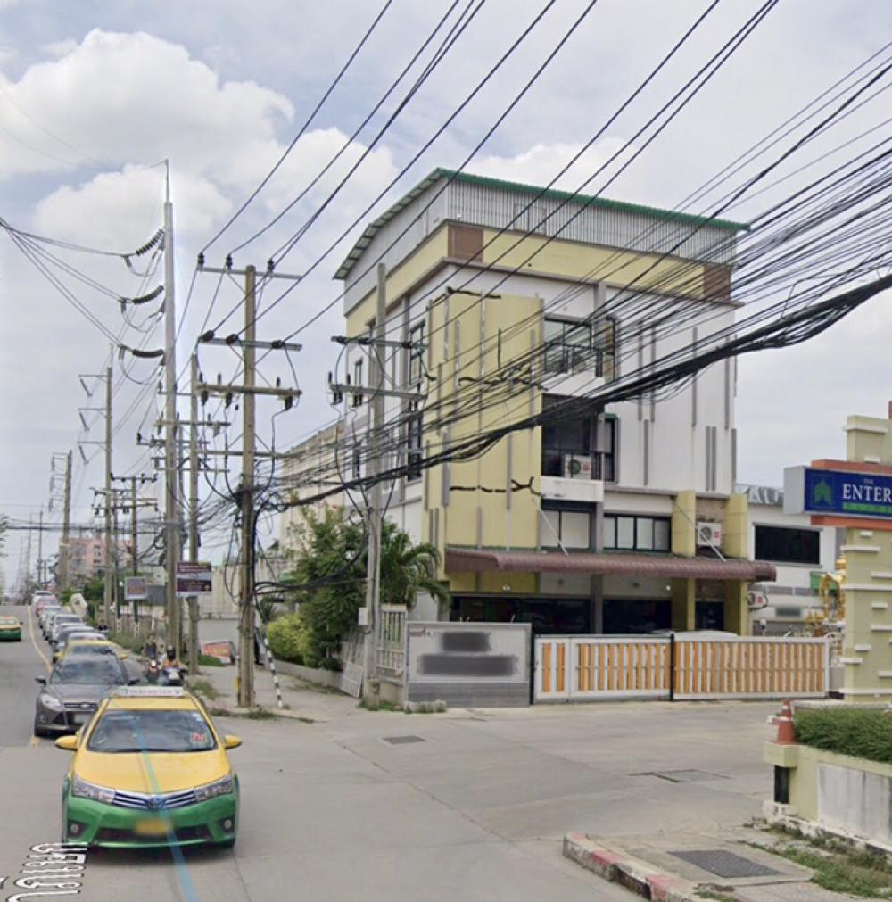 For SaleOfficeLadkrabang, Suwannaphum Airport : 5-storey office building for sale on the main road near Gemo Thani Market, 160 square meters, Kanchanapisek Road 39