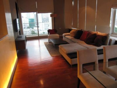 For RentCondoSukhumvit, Asoke, Thonglor : >>> Urgent rent !!! Siri Residence 3 bedrooms 141.64 sq.m. fully furnished, high floor, open view <<<