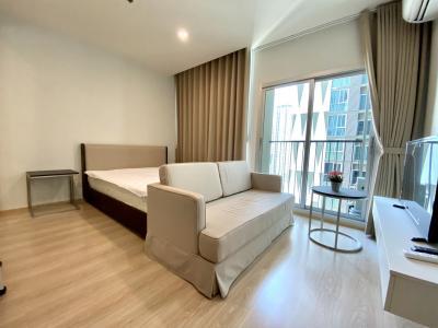 เช่าคอนโดรัชดา ห้วยขวาง : เจ้าของห้อง ให้เช่าห้อง 23 Sqm fully furnished ใกล้รถไฟฟ้า MRTศูนย์วัฒนธรรม ห้องใหม่ สะอาด น่าอยู่ ชั้นสูง ราคาดีมาก