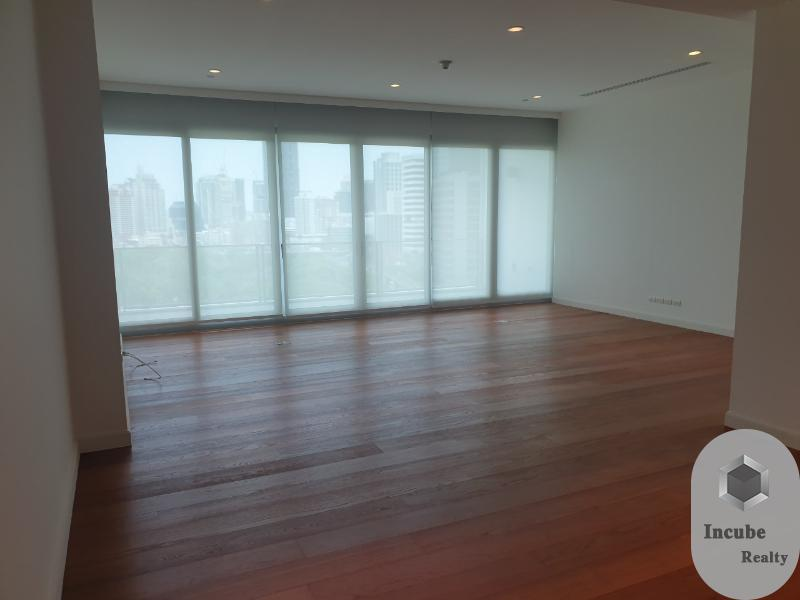 For RentCondoWitthayu,Ploenchit  ,Langsuan : P17CR2005045  185 Rajadamri 2 Bed