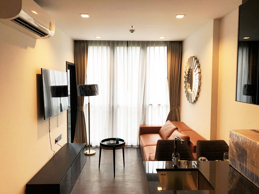 For SaleCondoRama9, RCA, Petchaburi : Condo The Line Asoke-Ratchada @MRT Rama 9, Size 35.04 sq.m 1Bed 5th floor Facing East, Fully furnished