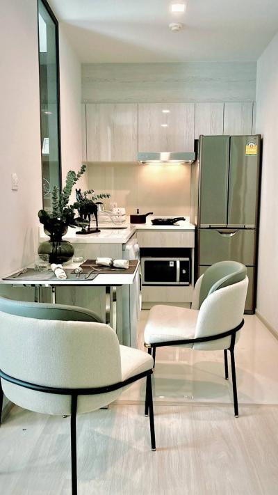 เช่าคอนโดวิทยุ ชิดลม หลังสวน : Discount !!Super Pretty Brand New Room At Life One Wireless 0645414424