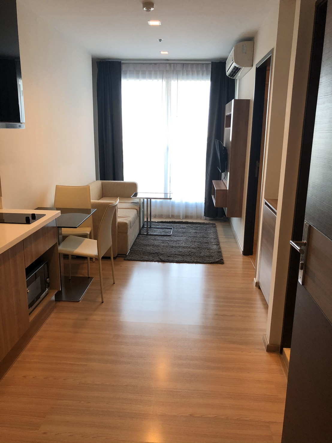 For RentCondoSathorn, Narathiwat : For rent! For Rent Rhythm Sathorn 21 * 1 Bedroom, fully furnished, ready to move in 17,000 / Month !! only