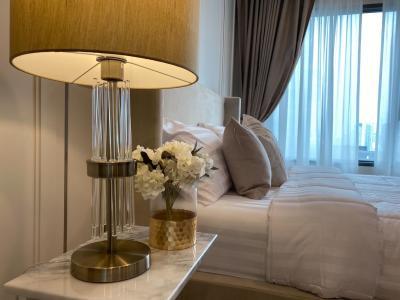 เช่าคอนโดวิทยุ ชิดลม หลังสวน : Sale!! Best Deal For Rent Decorated Brand New Room at Life One Wireless 0645414424
