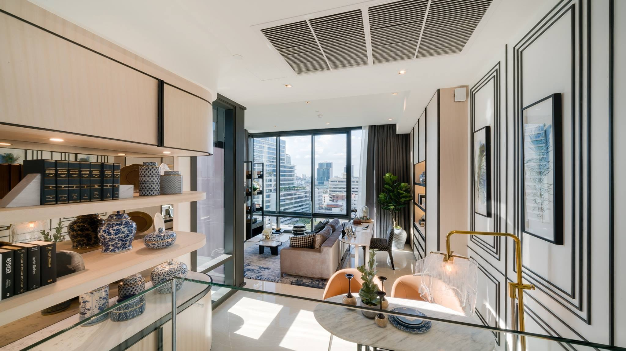 Sale DownCondoSilom, Saladaeng, Bangrak : Urgent sale, Justton Silom, only 14.9 million, 2 bedroom, 2 bathroom, high floor, STACK FL.