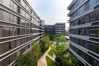For SaleCondoSukhumvit, Asoke, Thonglor : Hot deal Ideo Mobi Sukhumvit 40 1 large bedroom, price only 3.999 million baht, fully furnished.