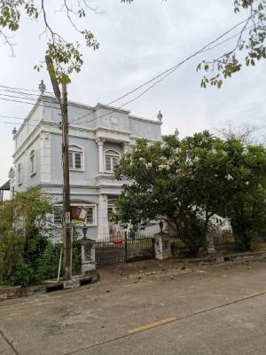ขายบ้านพระราม 2 บางขุนเทียน : เจ้าของขายเองขายถูก บ้านพร้อมที่ดิน 90 ตรว. บ้านหัวมุม หมู่บ้านชิชาคันทรีคลับ โซน 1 สามารถเดินถึง ถนนใหญ่ ประมาณ 700 เมตร (ถนนพระราม 2)