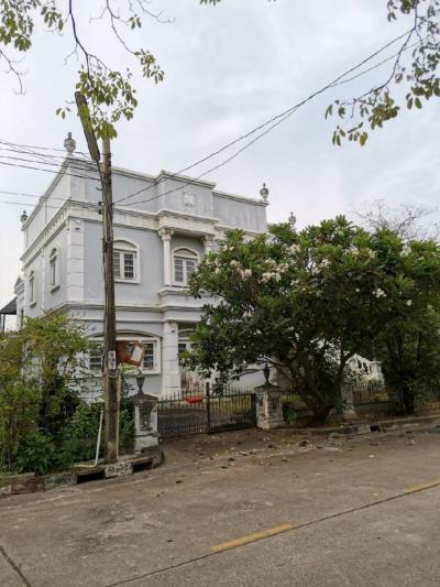เช่าบ้านพระราม 2 บางขุนเทียน : ให้เช่า บ้านพร้อมที่ดิน 90 ตรว. บ้านหัวมุม หมู่บ้านชิชาคันทรีคลับ โซน 1 สามารถเดินถึง ถนนใหญ่ 700 ม. (ถนนพระราม 2)สภาพแวดล้อมภายในหมู่บ้านดีมาก