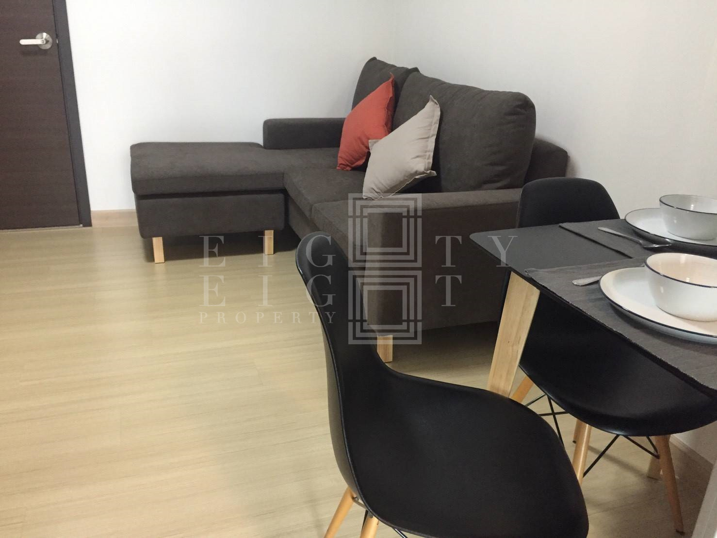 For RentCondoRama9, RCA, Petchaburi : For Rent Supalai Veranda Rama 9 (37.5 sqm.)