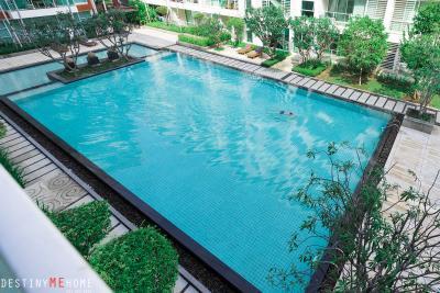 For SaleCondoHua Hin, Prachuap Khiri Khan, Pran Buri : The front of the room overlooks the sea, balcony, pool view.