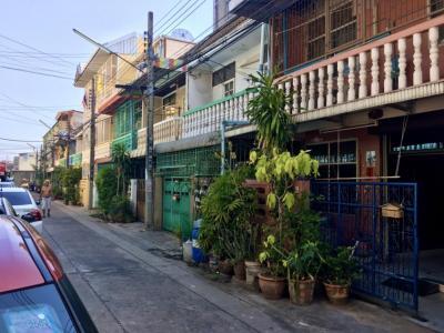 For SaleTownhouseRathburana, Suksawat : Townhouse for sale at Soi Rat Burana 18 Suksawat 25-27, behind Bang Pakok Market, Rama 2 near Central