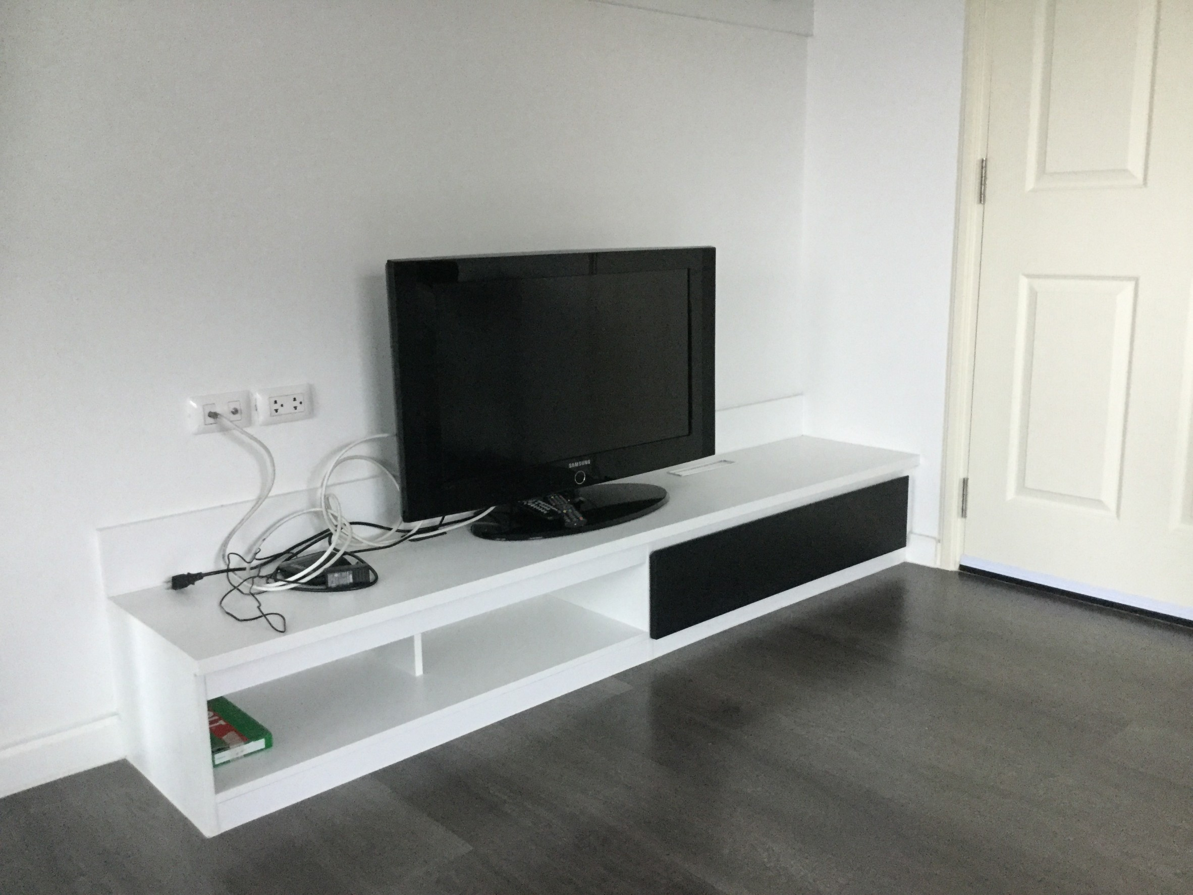 For RentCondoRangsit, Patumtani : For rent D Condo Thammasat Phase 1, fully furnished, ready to move in, corner room