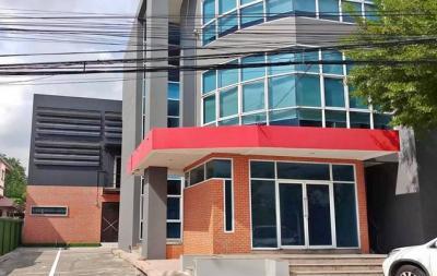 เช่าสำนักงานวิภาวดี ดอนเมือง หลักสี่ : อาคารสำนักงาน 4ชั้น พร้อมโกดัง พื้นที่ร่วม 1100ตรม ใกล้สนามบินดอนเมือง ให้เช่า 180,000ต่อเดือน