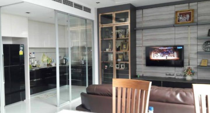 For RentCondoSathorn, Narathiwat : The Bangkok Sathorn - Beautifully Furnished 2 Bedrooms / 118.64 Sqm / Ready To Move In / Unblocked Views