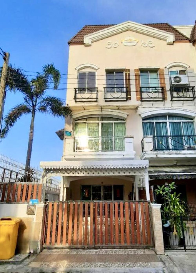 For SaleTownhousePattanakan, Srinakarin : ขายบ้านกลางเมือง หลังมุม กรุงเทพกรีฑาซอย7 หัวหมาก 27 ตร.ว ใกล้รถไฟฟ้า 2 สาย