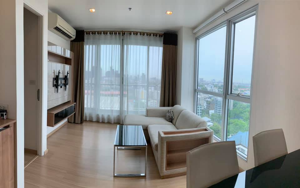 For SaleCondoOnnut, Udomsuk : Rhythm Sukhumvit 50, high floor corner room, Lotus side, open-air view, 2-sided glass walls with bathtub