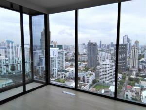 Sale DownCondoSukhumvit, Asoke, Thonglor : Take it or Leave it Offer by Japanese Owner, 2 bed room unit 70.3sqm.