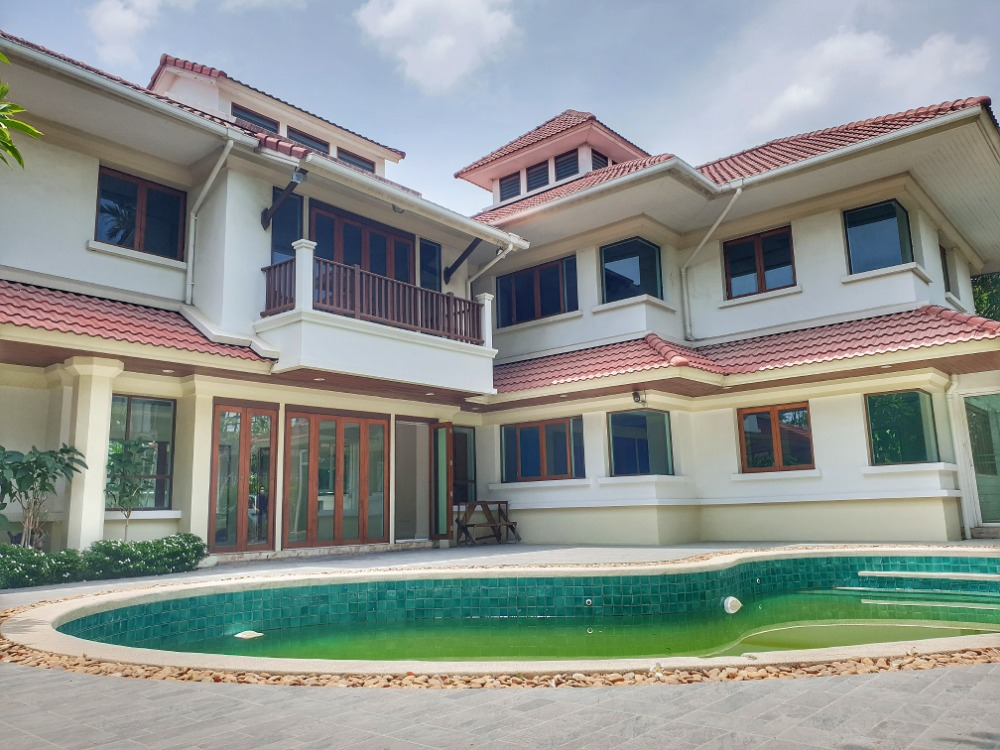 For SaleHouseBangna, Lasalle, Bearing : House for sale in Bangna Summit windmill park with swimming pool  29MB