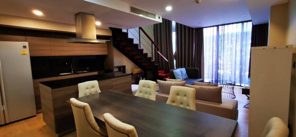 For SaleCondoWitthayu,Ploenchit  ,Langsuan : Urgent! Sale Condo Klass Langsuan Floor1 + 2 (Duplex) Garden View 110 Sqm. 3 bedroom / 3 bathroom price 25.5 MB