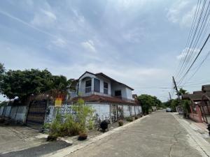 ขายบ้านเลียบทางด่วนรามอินทรา : บ้านแปลงมุม หมู่บ้านชนชอบ ธันธวัช วัชรพล 3