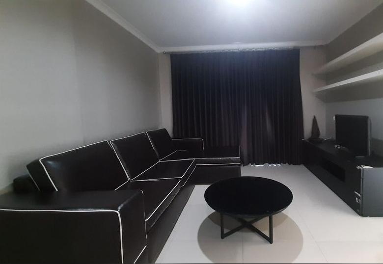 เช่าคอนโดพระราม 9 เพชรบุรีตัดใหม่ : ให้เช่า คอนโด ลุมพินี เพลส พระราม9-รัชดา ( For Rent Condo Lumpini Place Rama 9-Ratchada ) ใกล้ Mrt พระราม9 - เเบบ 2 ห้องนอน 2 ห้องน้ำ 1 ห้องครัว - ชั้น 7 ขนาด 70 ตร.ม ห้องมุม  ค่าเช่า 20,000 บาท เฟอร์นิเจอร์ครบ
