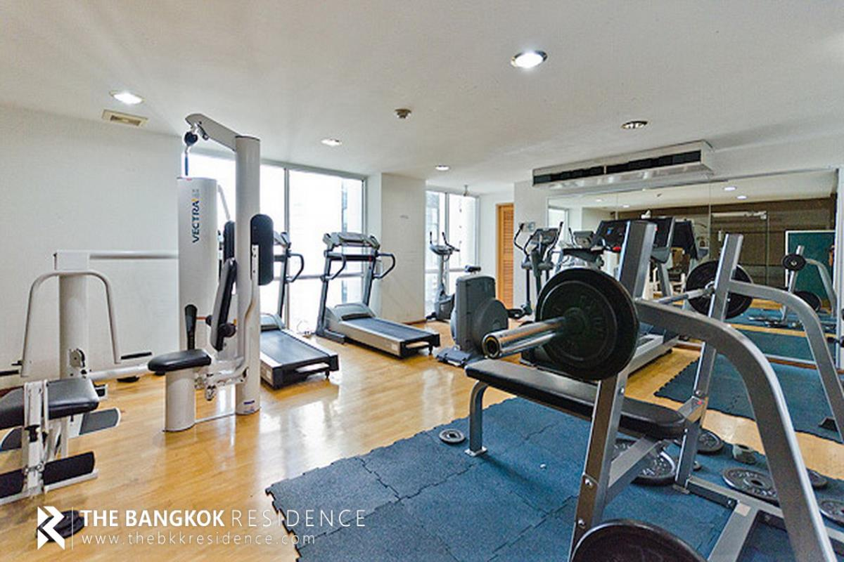 For SaleCondoSukhumvit, Asoke, Thonglor : Condo for Sale Lumpini Suite Sukhumvit 41 next to the BTS Phrom Phong @6.2 MB All in