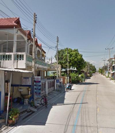 ขายทาวน์เฮ้าส์/ทาวน์โฮมเพชรบุรี : ขายทาวน์เฮ้าส์ใกล้หาดชะอำ 300 เมตร ถนนราษฎร์พลี 2 อยู่ตรงข้ามเอเวอร์กรีนรีสอรต์ ชะอำ