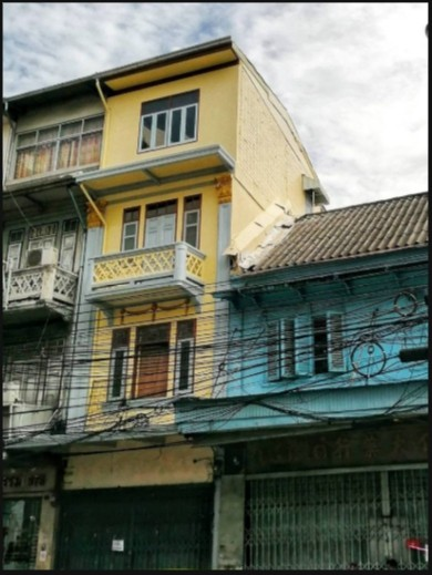For RentShophousePha Nakorn, Yaowarat : RP090 4-storey commercial building for rent, 3.5 square meters wide, 10 meters deep, near I AM CHINATOWN, Yaowarat.