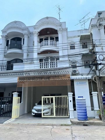 For RentTownhouseAri,Anusaowaree : 4-story townhome for rent in Ari area, Phahonyothin 5 alley, near BTS Ari
