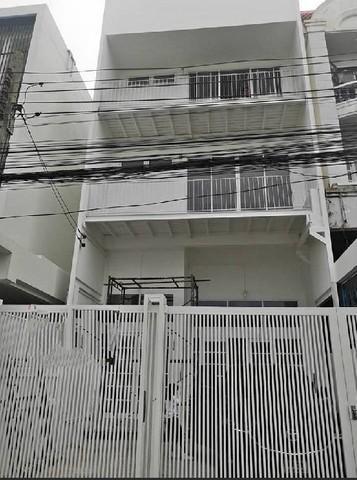 เช่าทาวน์เฮ้าส์/ทาวน์โฮมรัชดา ห้วยขวาง : ให้เช่าทาวน์โฮม 3ชั้น ย่านห้วยขวาง ใกล้ MRTสุทธิสาร 750 เมตร
