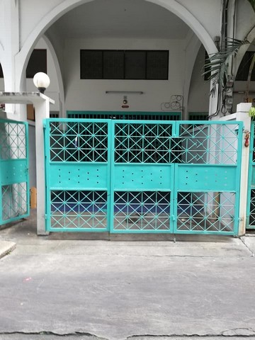 For RentShophouseSathorn, Narathiwat : 4 storey commercial building for rent in Sathorn Soi 11, near BTS Surasak, suitable for office