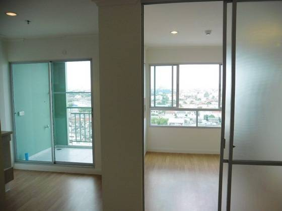 For SaleCondoLadprao 48, Chokchai 4, Ladprao 71 : Condo for sale, Lumpini Ville Ladprao Chokchai 4, size 29 sqm., Building A, Floor 12, Price 1.95 million. Near mrt Ladprao. Good location on the main road.