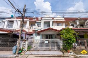 For SaleTownhouseVipawadee, Don Mueang, Lak Si : ขายด่วนทาวน์โฮม 3 ชั้นครึ่ง หมู่บ้านสราสินี เพลส พหลโยธิน 48 ใกล้ BTS ราคาต่ำกว่าประเมิน กู้ได้ 100 % ทำกู้เกินได้ ไม่ต้องจ่ายค่ารีโนเวท