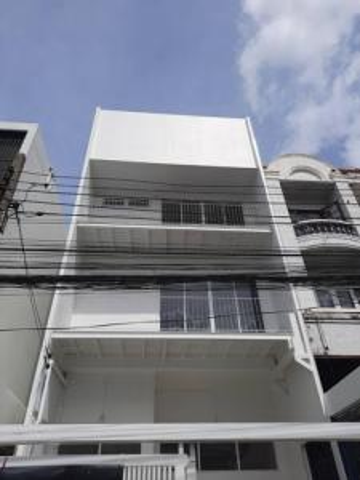 For RentTownhouseRatchadapisek, Huaikwang, Suttisan : For rent 3 story townhome, Huay Kwang area, near MRT Sutthisan 750 meters