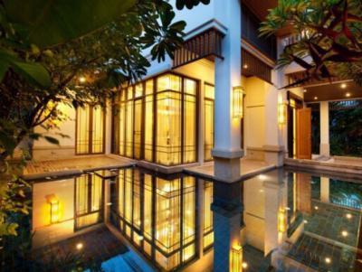 For RentHouseSathorn, Narathiwat : House for rent, luxury project, Sathorn, Narathiwat Ratchanakarin Road, near BRT Chan Road Station, Sathorn premium Villa on Sathorn Narathiwat Rd. Luxury for family house