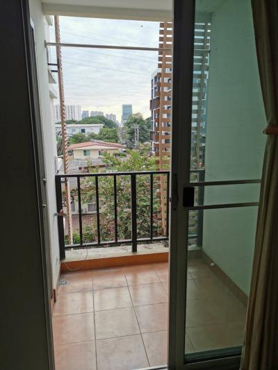 For SaleCondoRatchadapisek, Huaikwang, Suttisan : Condo Regent Home 5, Ratchada 19, 32 sqm. Building B, Floor 4, near MRT Ratchadaphisek, good location